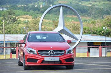 Mercedes-Benz menghadirkan Seri A-Class terbaru