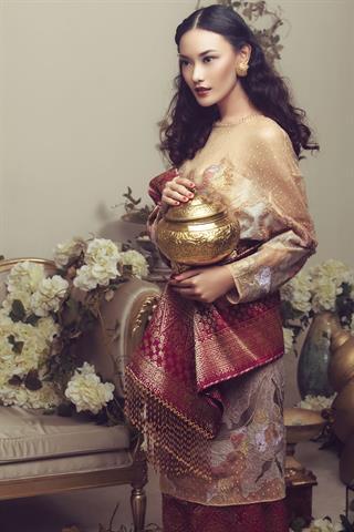 5 Pilihan Busana Pernikahan Nasional Karya Desainer Indonesia