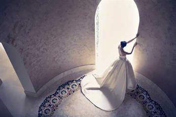 6 Pilihan Gaun Pernikahan Internasional Bergaya Klasik