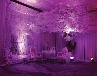 Dekorasi Pernikahan Warna Pink dan Lavender yang Memikat Ala Classy Décor