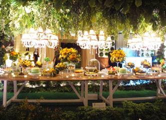 Konsep Dekorasi Pernikahan Taman Modern ala Nefi Decoration