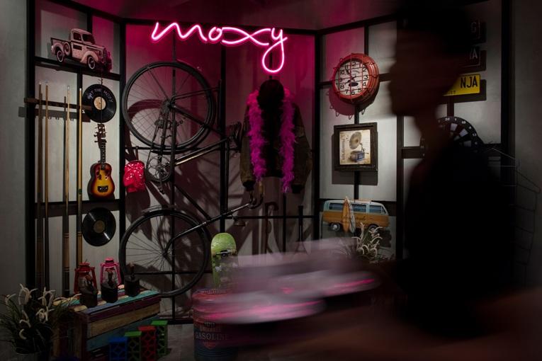 Konsep desain Moxy Hotels, brand Garapan Marriott Internasional