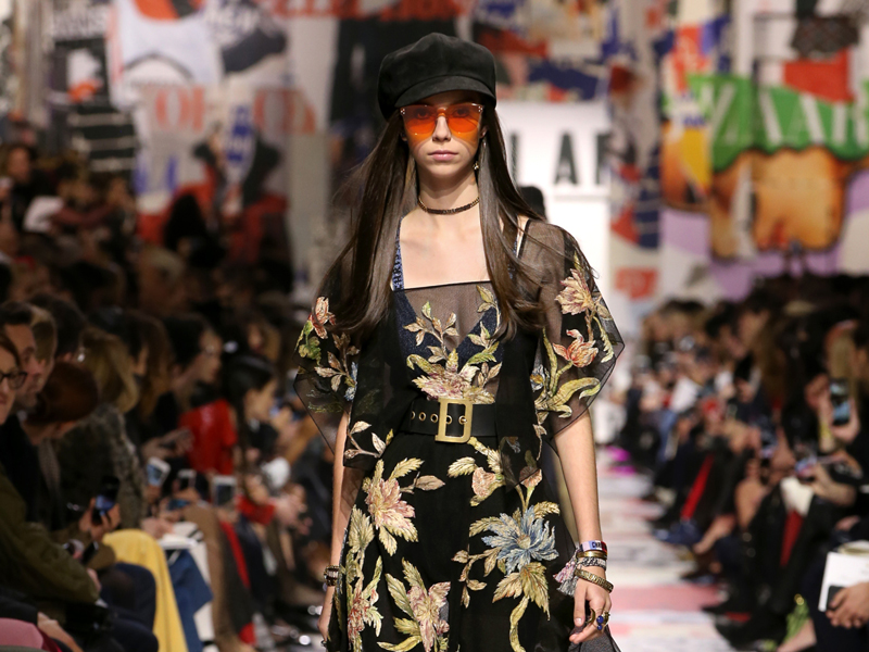 "Dior Mempersembahkan  ""Savoir-Faire: Art of Embroidery"" dalam Koleksi Fall Winter 2018"