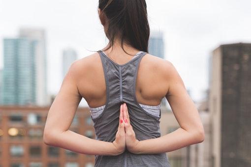 Memilih Antara Yoga dan Pilates