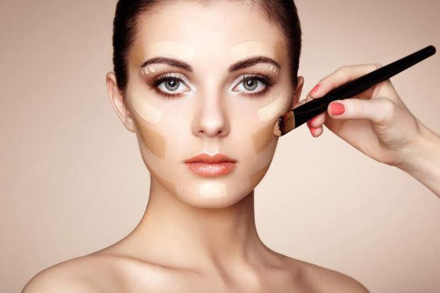 Simak Langkah Membuat Makeup Anti Luntur