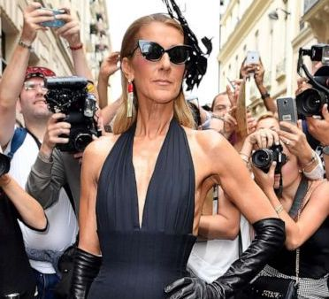 Stunning! 8 Outfit Terbaik Celine Dion di Paris Couture Week Autumn Winter 2019/2020