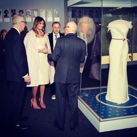 Melania Trump Donasikan Gaun untuk Smithsonian's National Museum of American History