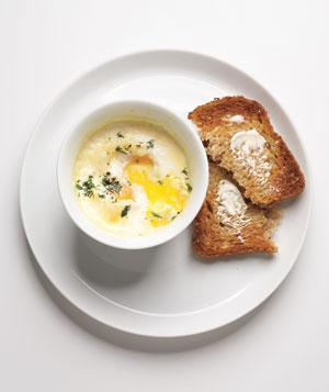 Resep Telur dengan Krim dan Roti Panggang