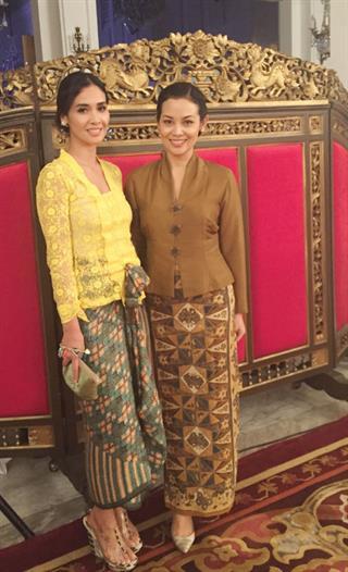 Marsha dan Sheila Timothy Cantik Berkebaya di Hari Film Nasional