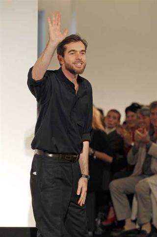 Uniqlo Umumkan Kolaborasi dengan Desainer Christophe Lemaire