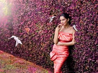 Kembalinya Model Nadya Hutagalung di Iklan Kampanye Perhiasan Frank & Co