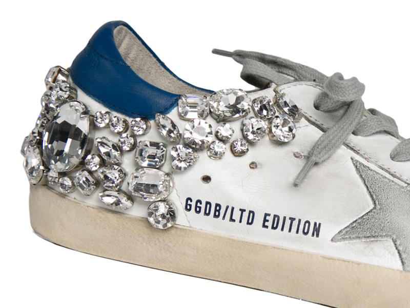 Tak Hanya Film, Sepatu Sneakers Kulit pun dapat Membagikan Kisah yang Menarik pada Anda
