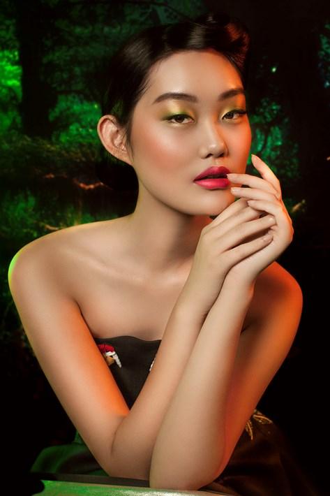 Tips Mengangkat Tekstur Wajah pada Makeup untuk Acara di Malam Hari