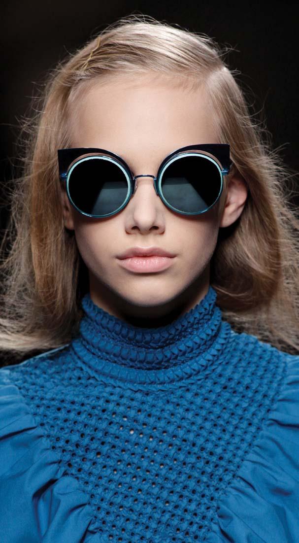 Kacamata Favorit Terbaru Keluaran Fendi Musim Ini