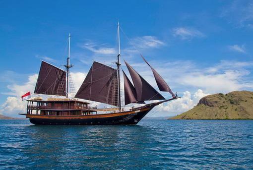 Jadikan Micronesia dengan Dunia Baru Luxury Yacht Pilihan untuk Bulan Madu Anda