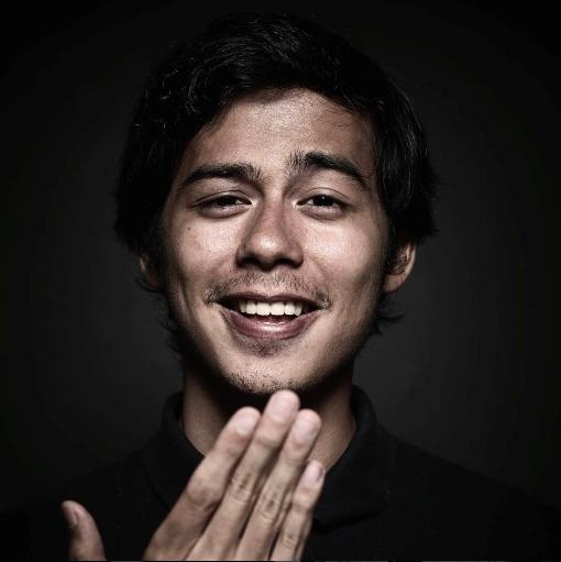 Inilah Kontribusi Aktivis Tuli  Surya Sahetapy untuk Indonesia