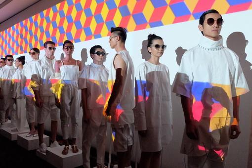 Optik Seis Dan Kering Eyewear Kini Telah Menghadirkan Gucci Sebagai Salah Satu Brand Kacamatanya