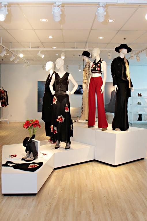 Bergaya Ala Tokoh Dongeng dari Swedia dengan Koleksi H&M Studio