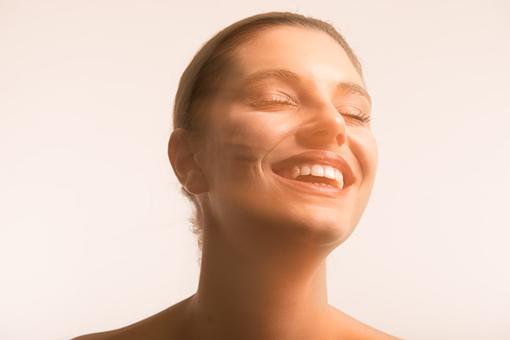 Atasi Masalah Gigi Untuk Senyum Yang Menawan