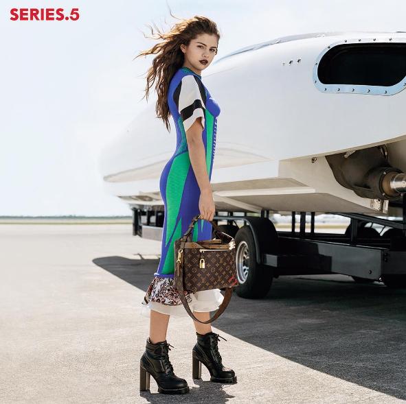 Selena Gomez Menjadi Wajah Baru Rumah Mode Louis Vuitton