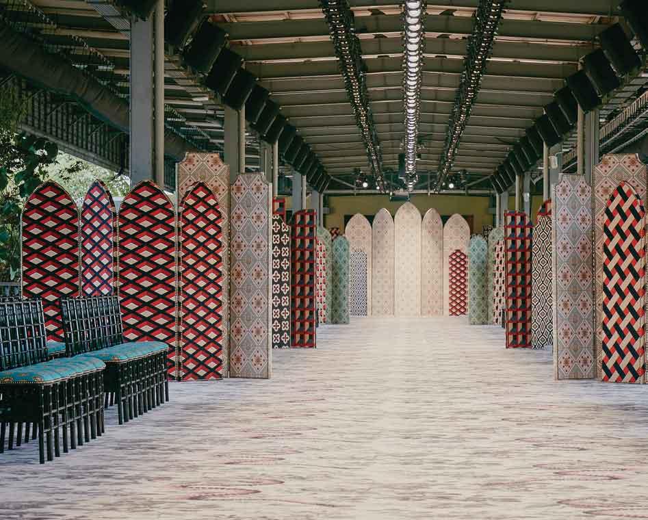 Alasan Mengapa Kawasan Industrial Scalo Farini Menjadi Lokasi Peragaan Busana Gucci