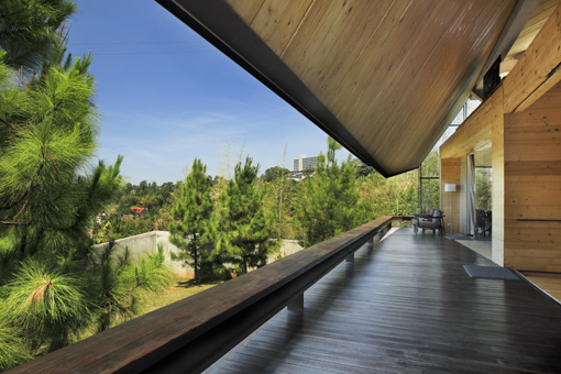 Filosofi dibalik Rumah Karya Arsitek Andra Matin di Utara Bandung