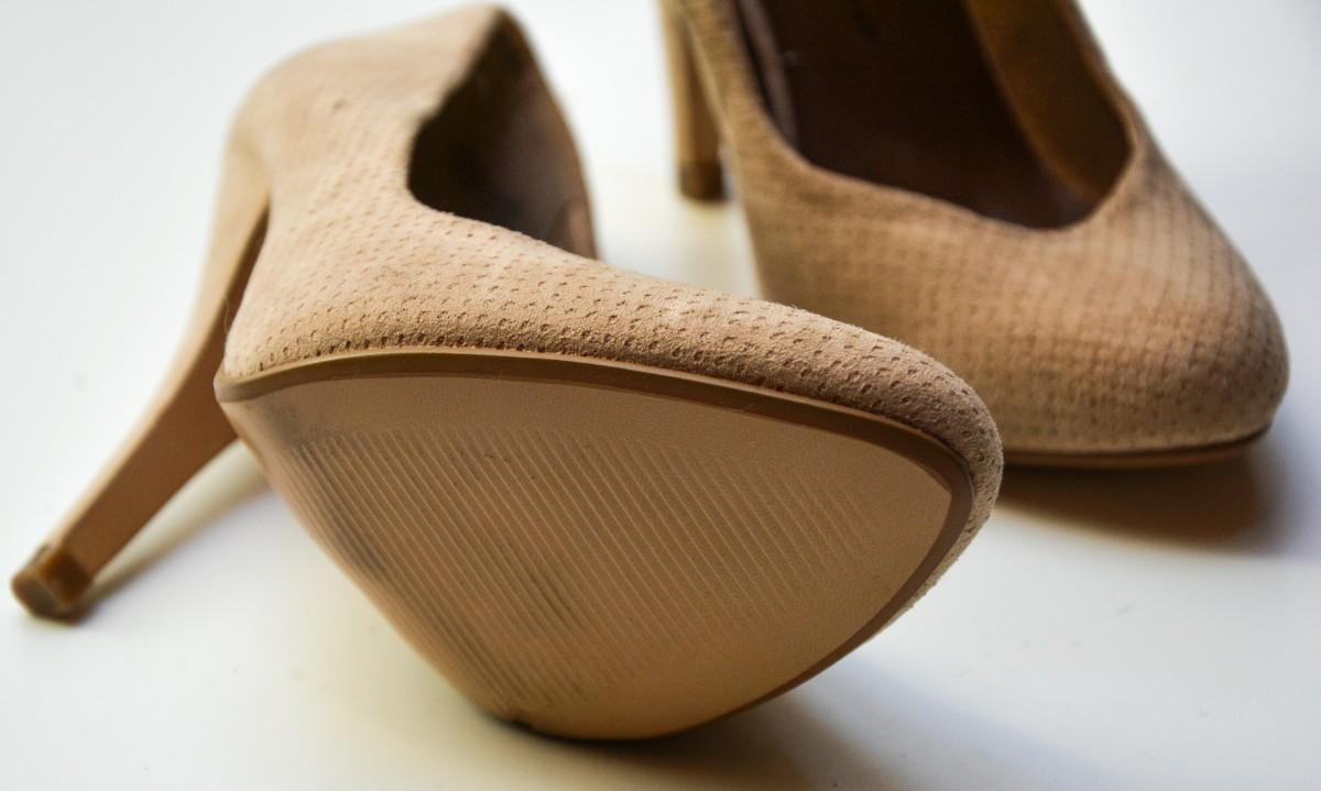 Tip Merawat Sepatu Beledu Anda