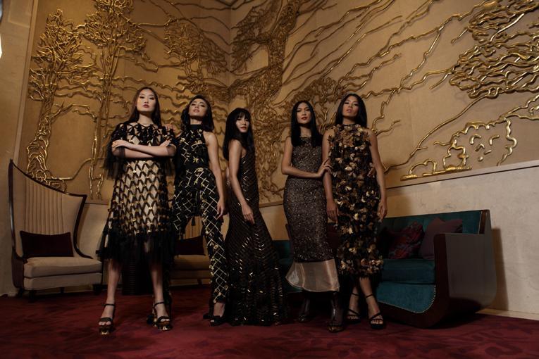 Artika Sari Devi, Whulandary Herman, Anindya Putri, Juwita Rahmawati, serta Gaby Hartanto Tampil Elegan dengan Busana dari Barli Asmara