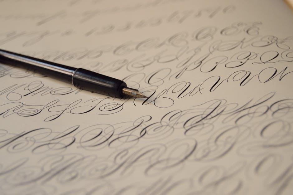 Calligraphy: Seni Tulis Tangan dengan Gaya Kreatif
