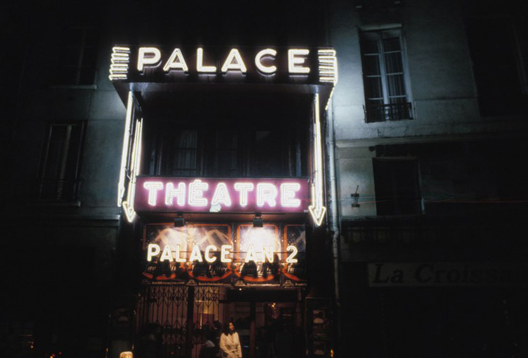 Gucci Mempersembahkan Peragaan Busana Ikonik di Theatre Le Palace di Paris