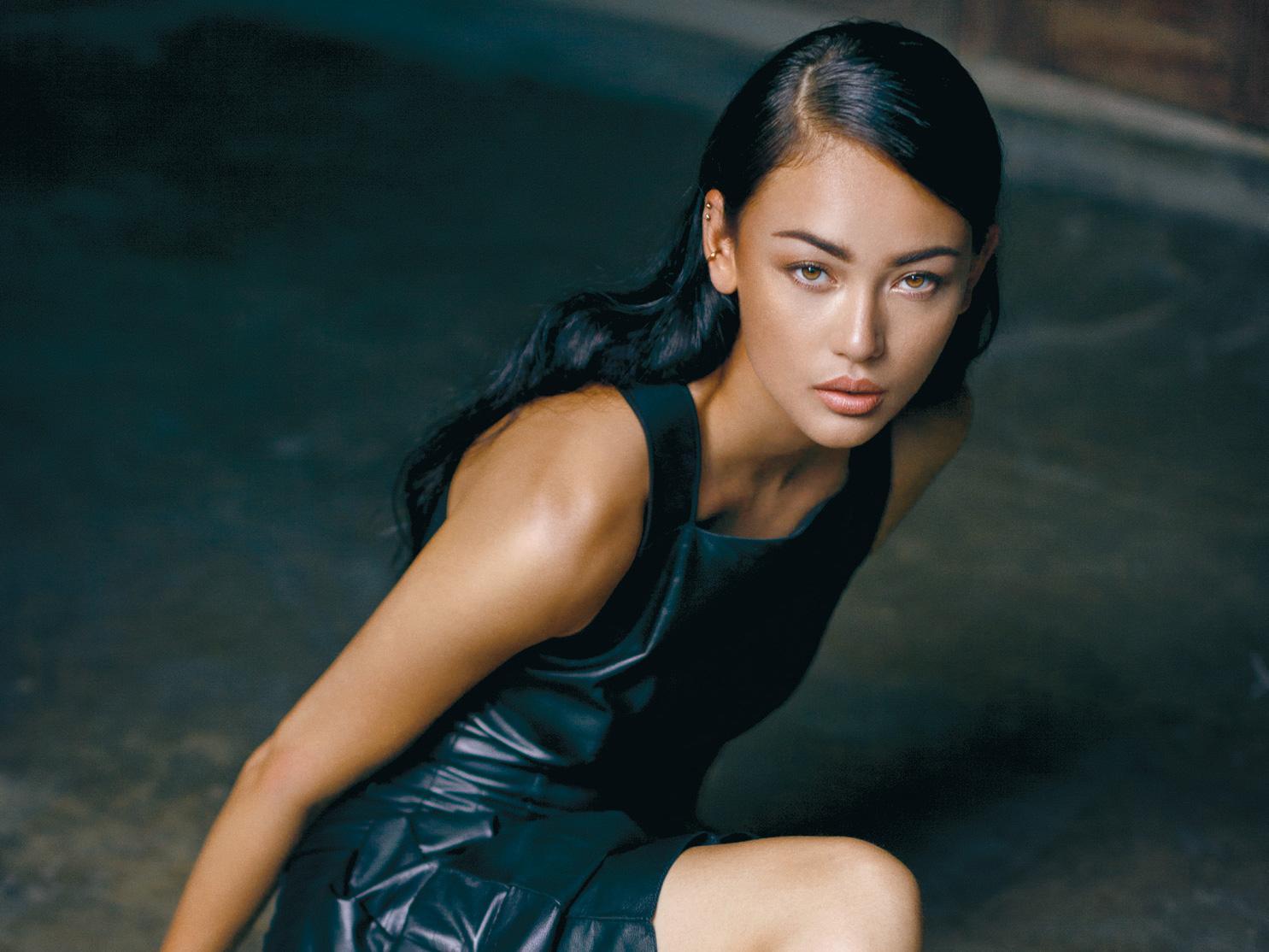 Cerita Model Helene Jansen Tentang Bali dan Belanda