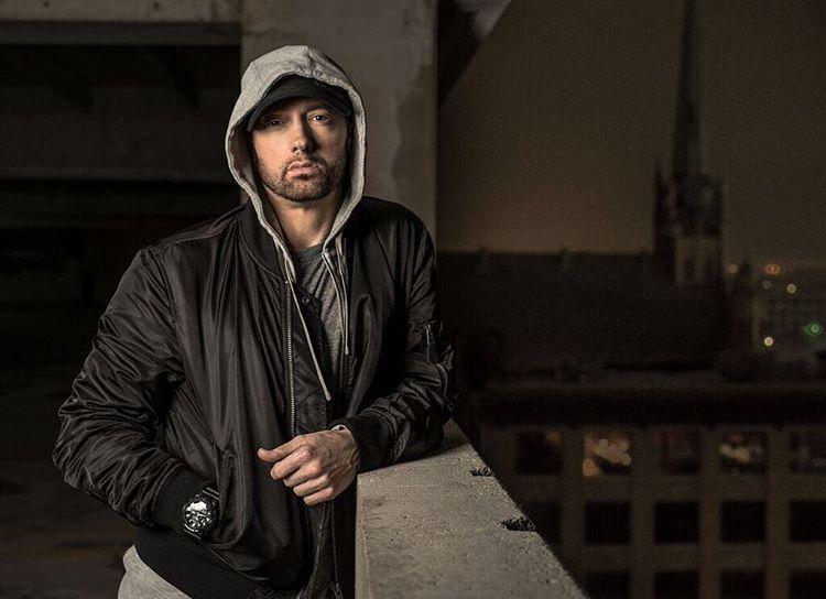 """Nantikan Kehadiran Album Baru Eminem, """"Revival"""""""