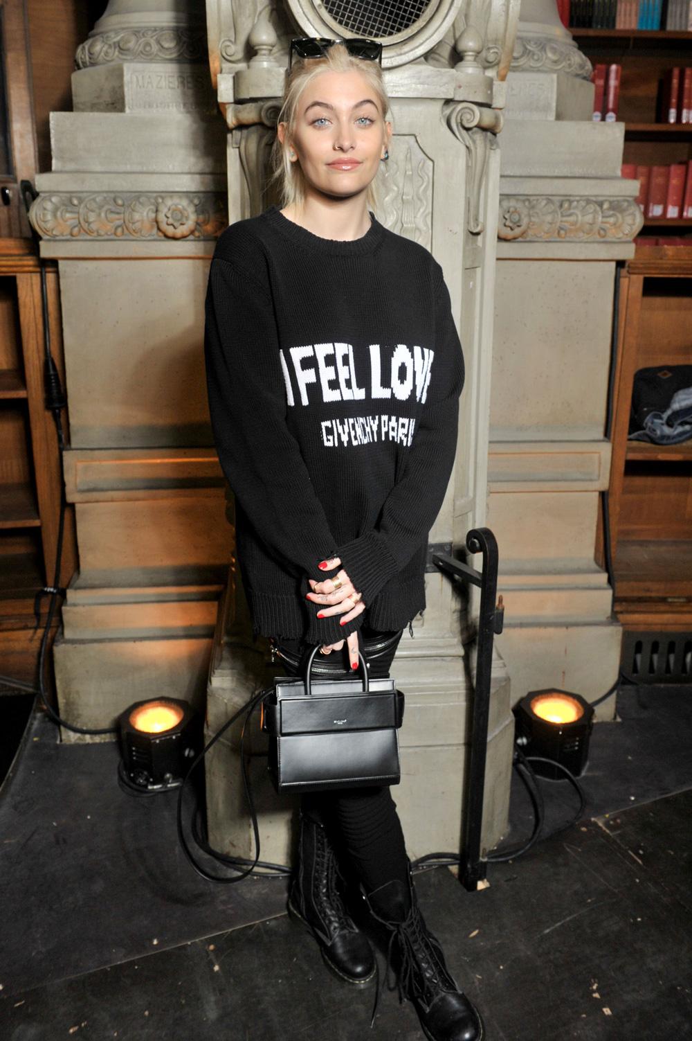 Gaya Para Selebritas Kala Menghadiri Gelaran Mode Givenchy F/W Men's 17