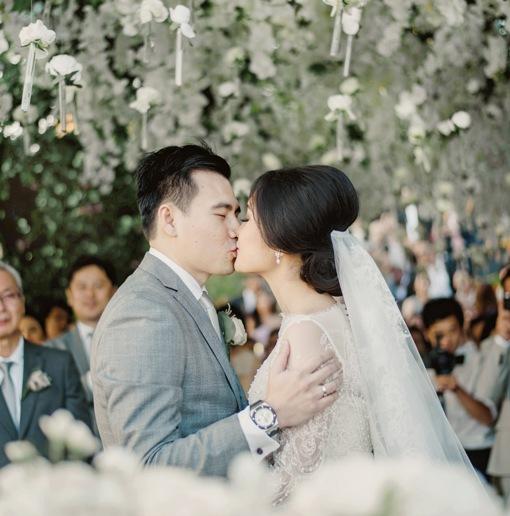 Kencan Haru Serta Romantis Pasangan Steven Tjandra dan Katarina Aie