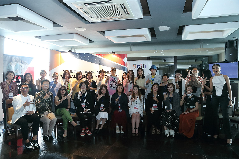 Kolaborasi Jakarta Fashion Week, Feminagroup, dan Korea Foundation for International Cultural Exchange