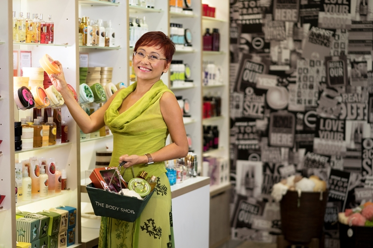Simak Kisah Suzy Hutomo dan The Body Shop Indonesia