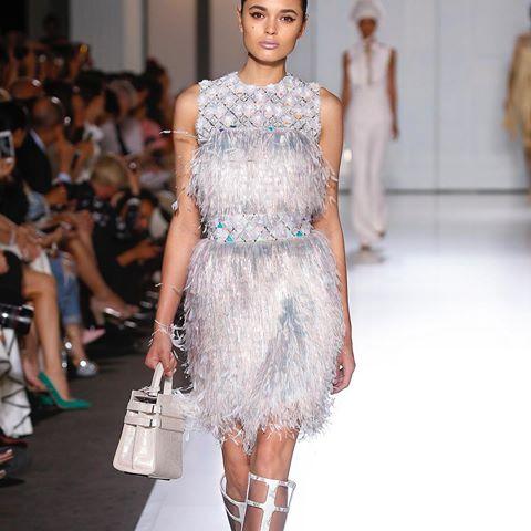 Inovasi Koleksi Ready-to-Wear Lansiran Brand Couture, Ralph & Russo