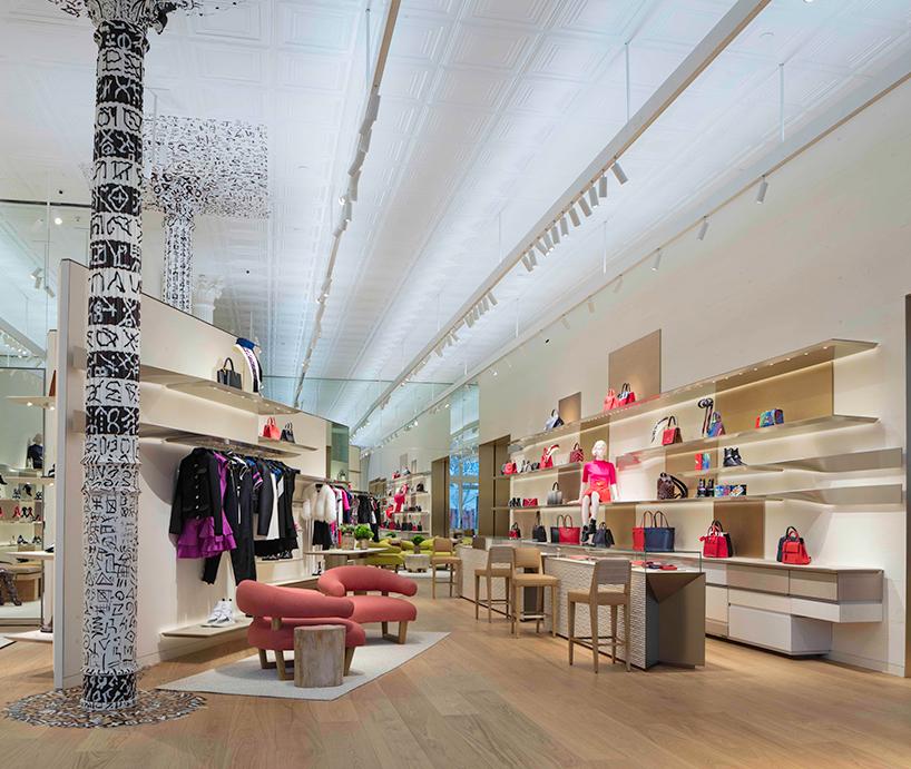 Arsitek Peter Marino Tuntaskan Proyek Butik Louis Vuitton