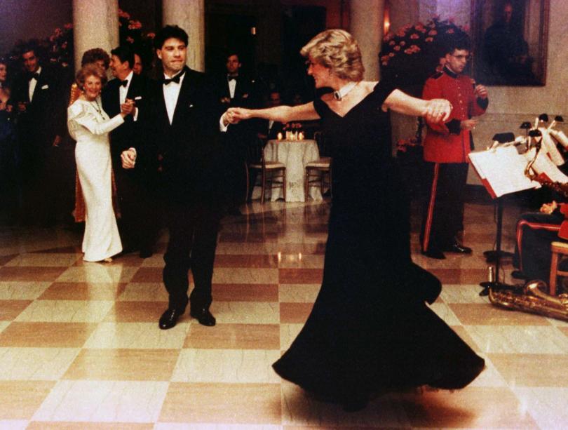 Mengintip ke dalam Koleksi Busana Putri Diana di Istana Kensington