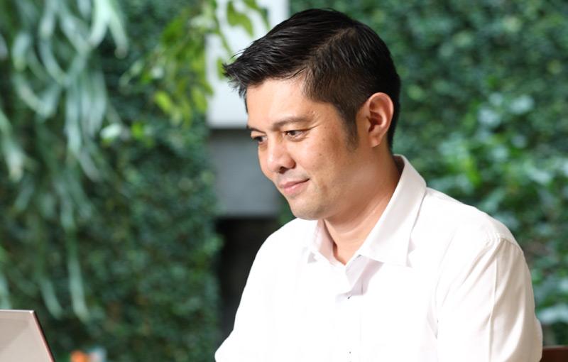 Kiprah Ivan Lanin Dalam Menggiatkan Pemakaian Bahasa Indonesia