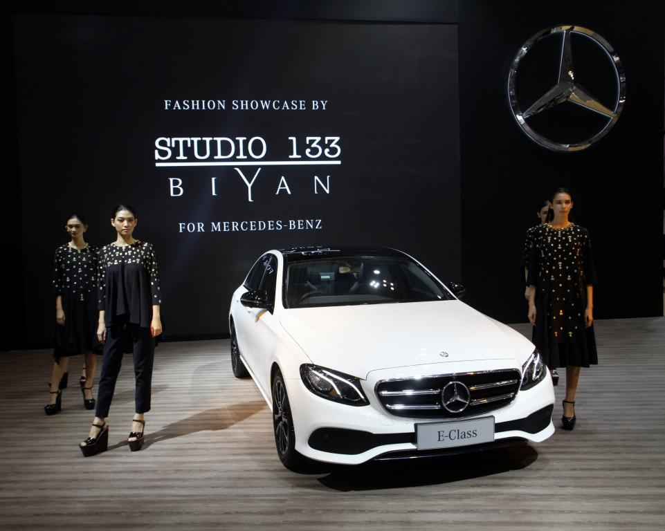 Ini Dia Koleksi Studio 133 Biyan untuk Mercedes Benz di GAIKINDO Indonesia International Auto Show 2016