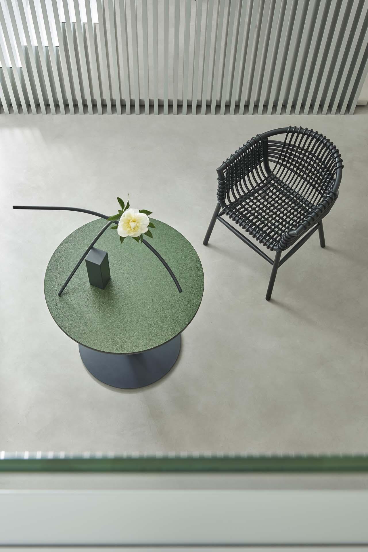 Lukis Chair Karya Abie Abdillah Menjadi Bagian dari Koleksi Cappellini