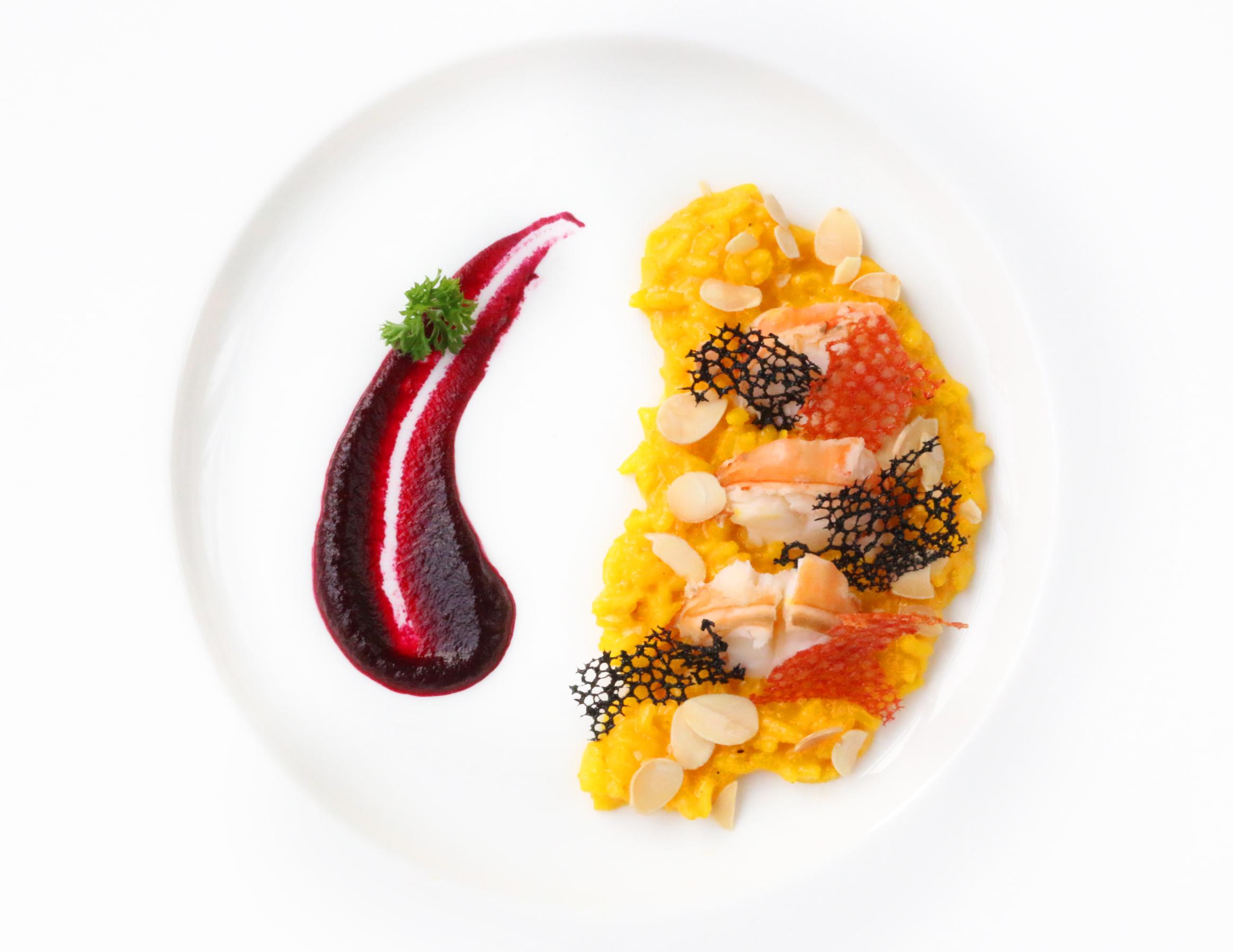 Perpaduan Harmonis Hidangan Jepang dan Itali di Rosso
