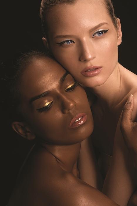 Tip Memadukan Kesan Simpel dan Elegan pada Riasan Mata