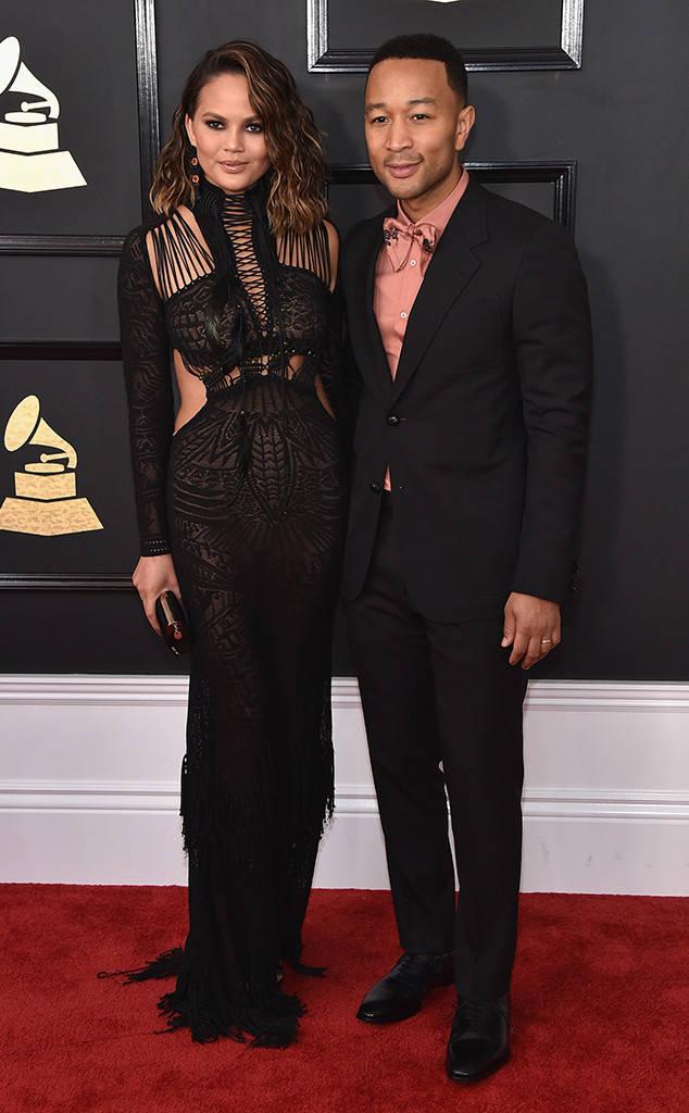 Gaya Para Bintang Dalam Ajang Musik Grammy Awards 2017