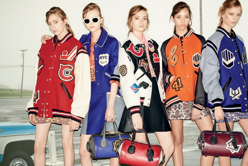 Koleksi Ready-to-Wear Coach 1941 Mengusung Tema Back to School di Era 60-an dan 70-an
