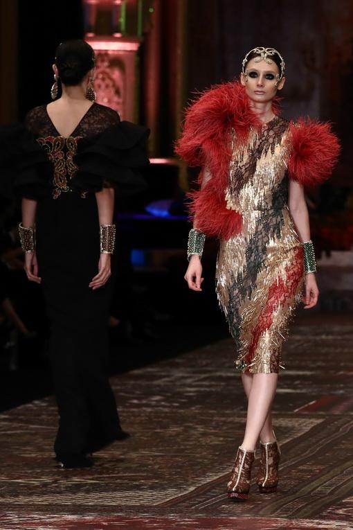 La Divina Marchesa Persembahan Sebastian Gunawan Couture