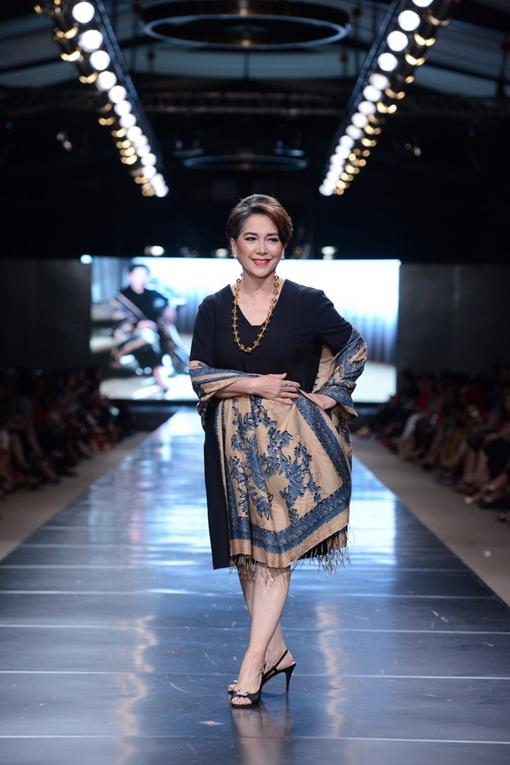 Yavadvipa Pesona Batik Khas Tanah Jawa Persembahan Alleira
