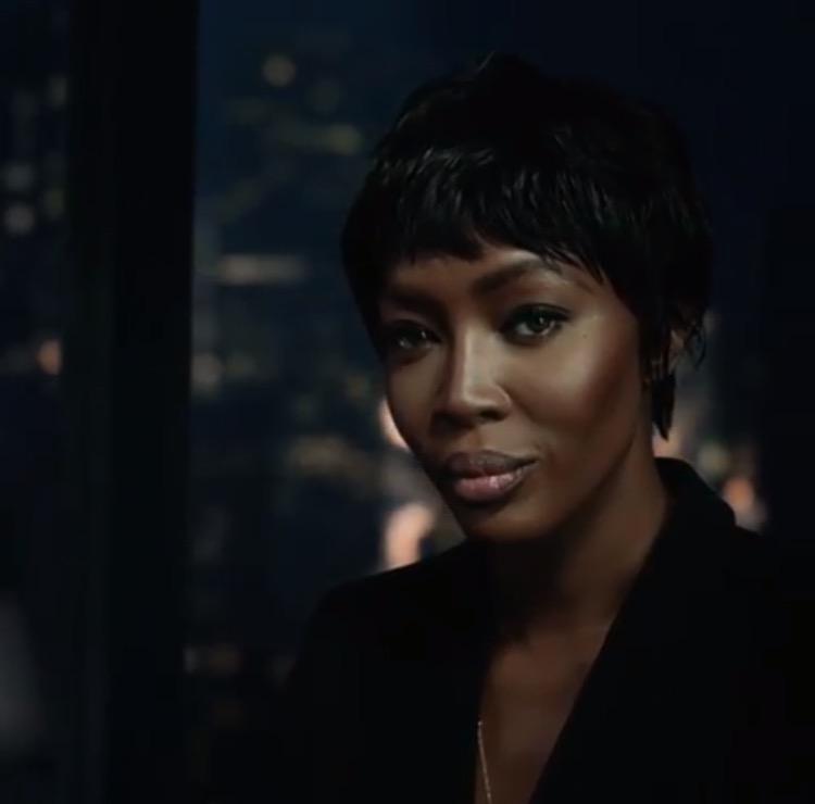 Tonton Aksi Naomi Campbell di Video Kampanye H&M Musim Gugur 2017