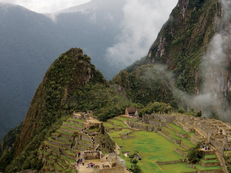Menapak Jejak Prasejarah Kota Legenda Machu Picchu